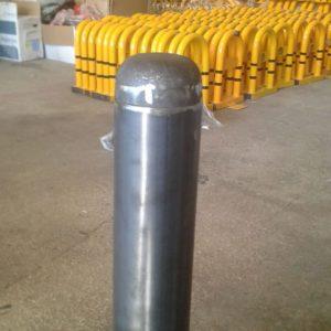 sabit park bariyeri imalatı demir delinatör duba metal delinatör otopark demir bariyer kaldırım dubası metal duba yol bariyeri flanşlı sabit bariyer ankara