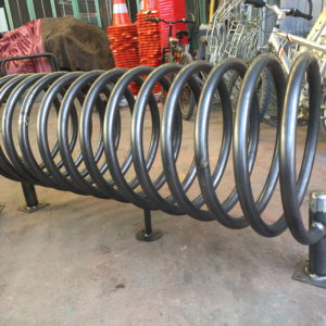 bisiklet park yeri standı sehpası park yerleri demiri spiral boru bisiklet park etme yer fiyatları metal bisiklet park alanı demir fiyatı park sistemi ilgi trafik market imalatı