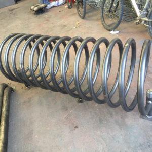 bisiklet park yeri standı sehpası park yerleri demiri spiral boru bisiklet park etme yer fiyatları metal bisiklet park alanı demir fiyatı park sistemi ilgi trafik market