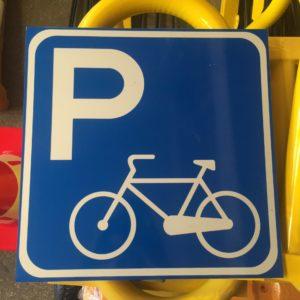 bisiklet park yeri sembolü trafik levhası uyarı levhası yol trafik tabelası normal performans yüksek performans levha fiyatı imalatı üretimi ankara