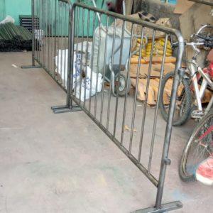 metal güvenlik bariyeri demir bariyer trafik ürünleri trafik malzemeleri ilgi trafik sistemleri zabıta bariyeri polis bariyeri güvenlik barikatı toptan imalatı üretimi