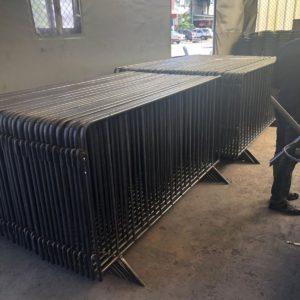metal güvenlik bariyeri demir bariyer trafik ürünleri trafik malzemeleri ilgi trafik sistemleri zabıta bariyeri polis bariyeri toptan imalatı üretimi ankara fiyatı