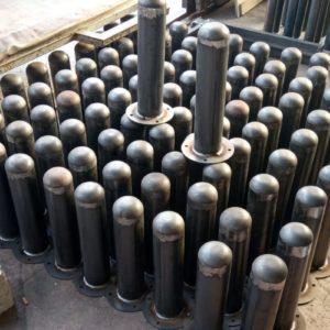 demir duba sabit park bariyeri metal delinatör otopark demir bariyer kaldırım dubası metal duba yol bariyeri flanşlı metal sabit bariyer fiyatı