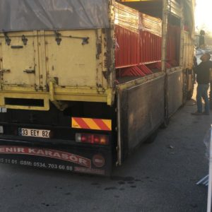 metal güvenlik bariyeri polis güvenlik barikatı demir bariyer güvenlik bariyeri demir kırmızı güvenlik bariyeri toplumsal olayları engelleme demiri üretimi