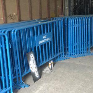 polis bariyeri metal güvenlik bariyeri mavi demir güvenlik bariyer trafik ürünleri trafik malzemeleri ilgi trafik sistemleri zabıta bariyeri imalatı üretimi