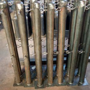 sabit bariyer sabit park bariyeri demir delinatör duba metal delinatör otopark demir bariyer kulaklı kaldırım dubası zincirli metal duba yol bariyeri