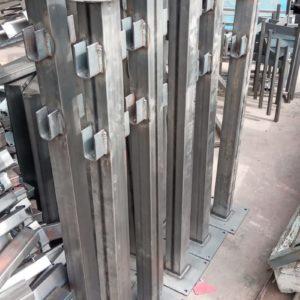 demir duba sabit park bariyeri metal delinatör otopark demir bariyer kaldırım dubası metal duba yol bariyeri yüksek metal sabit bariyer