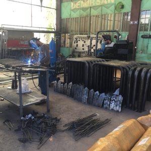 yüksek kolon koruma bariyeri üretimi kolon koruma demiri yüksek kolon koruyucu reflektörlü bariyer fabrika koruma sistemleri ilgi trafik ürünleri