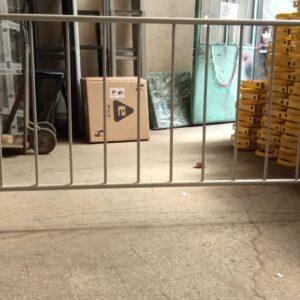 metal güvenlik bariyeri imalatı demir bariyer trafik ürünleri trafik malzemeleri zabıta bariyeri polis bariyeri üretimi ilgi trafik