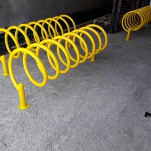 bisiklet park yeri bisiklet parkı 10 lu bisiklet park demiri bisiklet koyma yeri bisikletlik gri apartman bisiklet park yeri demirleri ankara sarı