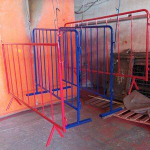 zabıta bariyeri metal güvenlik bariyeri demir güvenlik bariyer trafik ürünleri trafik malzemeleri polis bariyeri üretimi imalatı demir bariyer kırmızı mavi metal bariyer