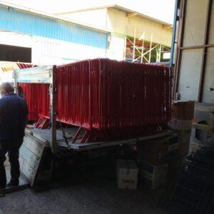 zabıta bariyeri metal güvenlik bariyeri demir güvenlik bariyer trafik ürünleri trafik malzemeleri polis bariyeri üretimi imalatı demir bariyer kırmızı metal bariyer