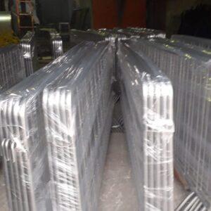 metal güvenlik bariyeri demir bariyer trafik ürünleri trafik malzemeleri gri zabıta bariyeri polis bariyeri toptan imalatı üretimi ilgi trafik sistemleri