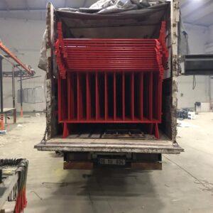 metal güvenlik bariyeri demir bariyer trafik ürünleri trafik malzemeleri kırmızı zabıta bariyeri polis bariyeri toptan imalatı üretimi ankara ilgi trafik sistemleri