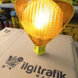 flaşör lamba kırmızı solar ledli güneş enerjili trafik lamba fiyatı solar flaşör uyarıcı sarı flaşör lamba power ledli ucuz ikaz lambası domuz kovucu ilgi trafik flaşör ankara