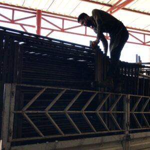 metal bariyer zabıta bariyeri metal güvenlik bariyeri demir güvenlik bariyer trafik ürünleri trafik malzemeleri polis bariyeri üretimi demir bariyer nakliye