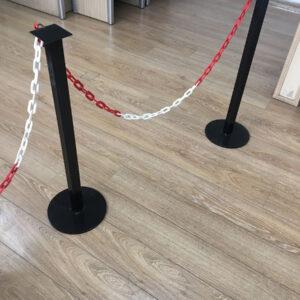 metal delinatör otopark sabit park bariyeri otopark demir bariyer zincirli bariyer sistemleri 86 cm metal duba güvenlik yol bariyeri kulaklı zincir bariyer fiyatı imalatı sb-200