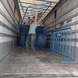 metal güvenlik bariyeri polis bariyeri demir bariyer trafik ürünleri trafik malzemeleri mavi zabıta bariyeri toptan imalatı üretimi ilgi trafik sistemleri zabıta barikatı üretimi ankara
