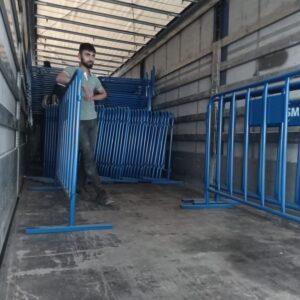 polis bariyeri metal güvenlik bariyeri demir bariyer trafik ürünleri trafik malzemeleri mavi zabıta bariyeri toptan imalatı üretimi ilgi trafik sistemleri zabıta barikatı nakliye