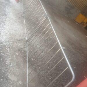 metal güvenlik bariyeri metal bariyer zabıta bariyeri demir güvenlik bariyer polis bariyeri demir bariyer üretimi trafik ürünleri trafik malzemeleri imalatı