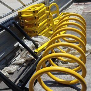 sarı bisiklet park yeri bisiklet parkı 10 lu bisiklet park demiri bisiklet koyma yeri bisikletlik apartman bisiklet park yeri demirleri spiral bisiklet park alanı imalatı üretimi